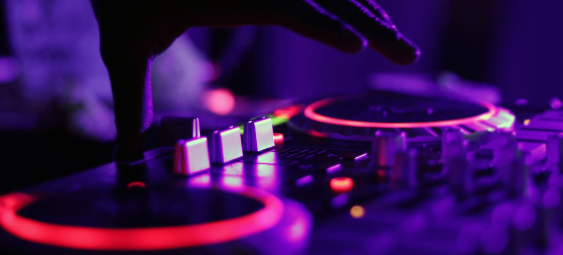 DJ \ Zac